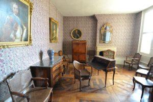 Réparation de serrures de meubles anciens par un serrurier à Lyon