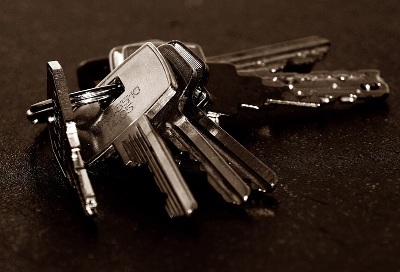 Serrurier lyon : demander lui de faire un double des clés